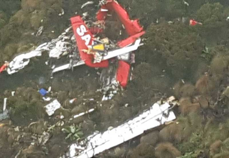 wreckage plane