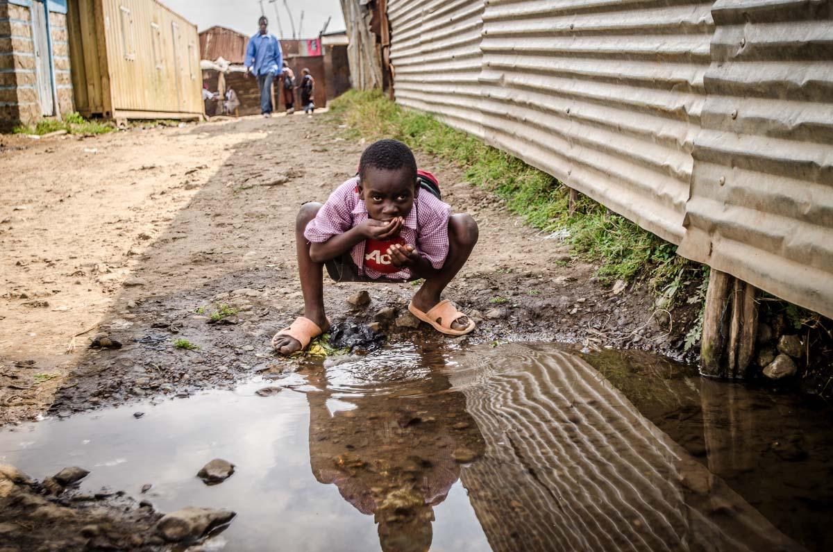 poverty slum-sanitaion