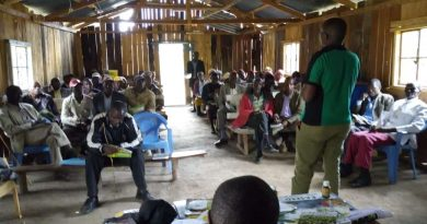 TingA official conducting a training